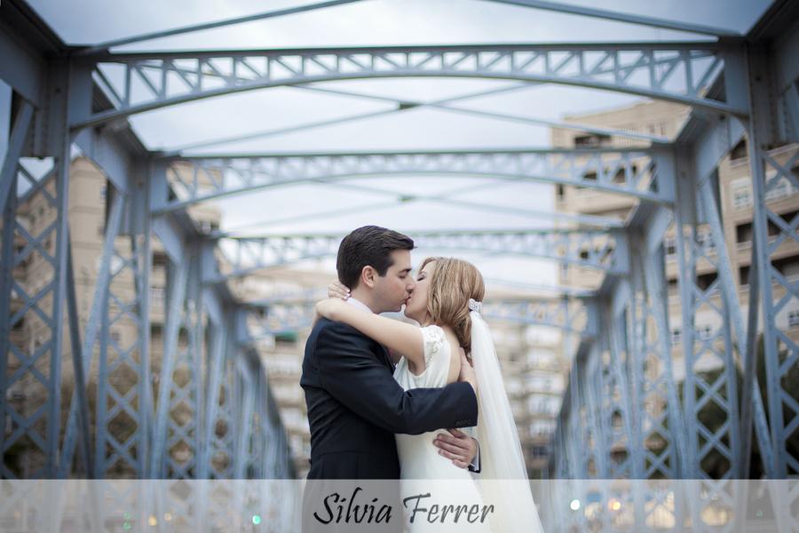 Fotos de boda en el puente de hierro de murcia