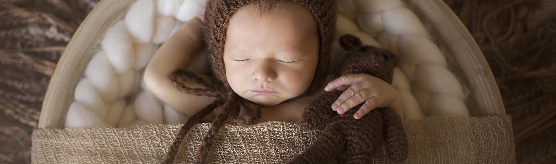 Sesión de fotos de recién nacido + Fotógrafos de bebés + Antonio.