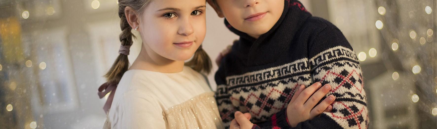 Fotos de estudio para niños en Murcia + Sesiones de Navidad + Pablo y Martina.