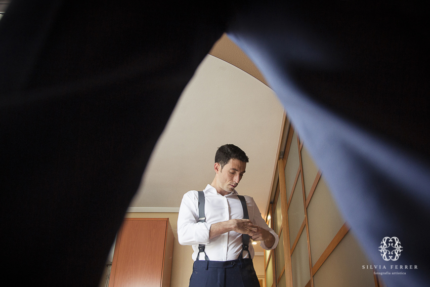 groom photographer