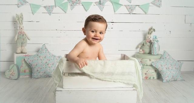 Fotos de bebés en Murcia + Fotografía infantil + Justo + Fotógrafos Murcia.