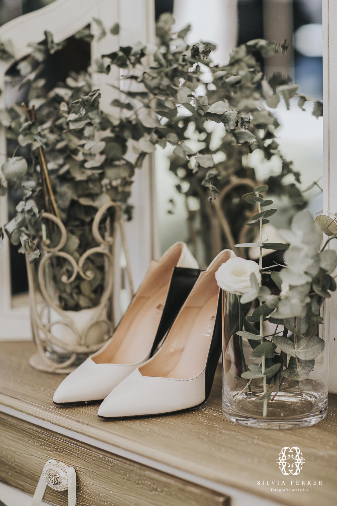 Elena Pastor shoes