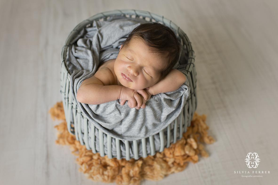 fotos bebe recien nacido newborn session murcia fotografos silvia ferrer