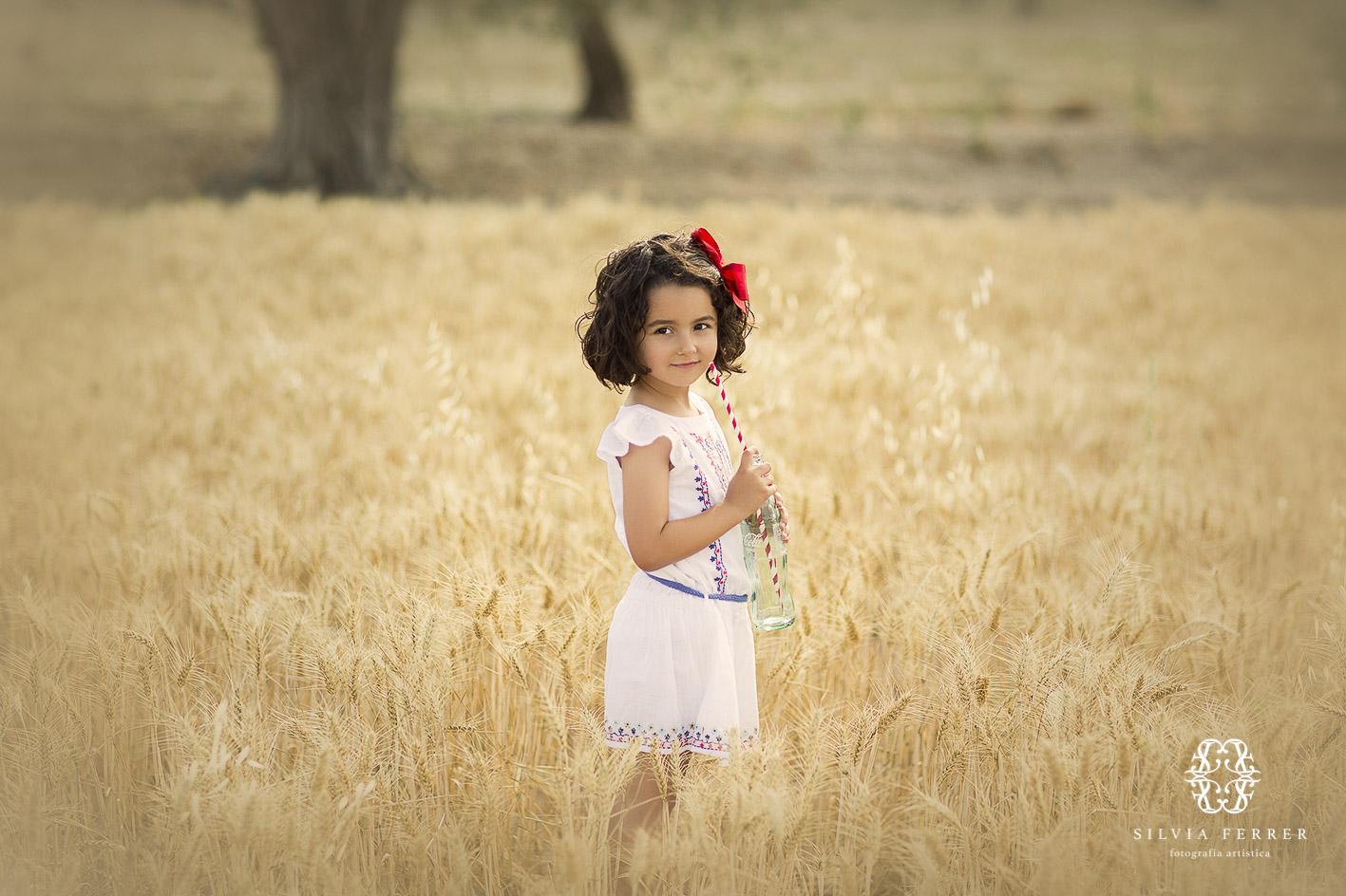 sesion fotos picnic exteriores campo infantil para niñas