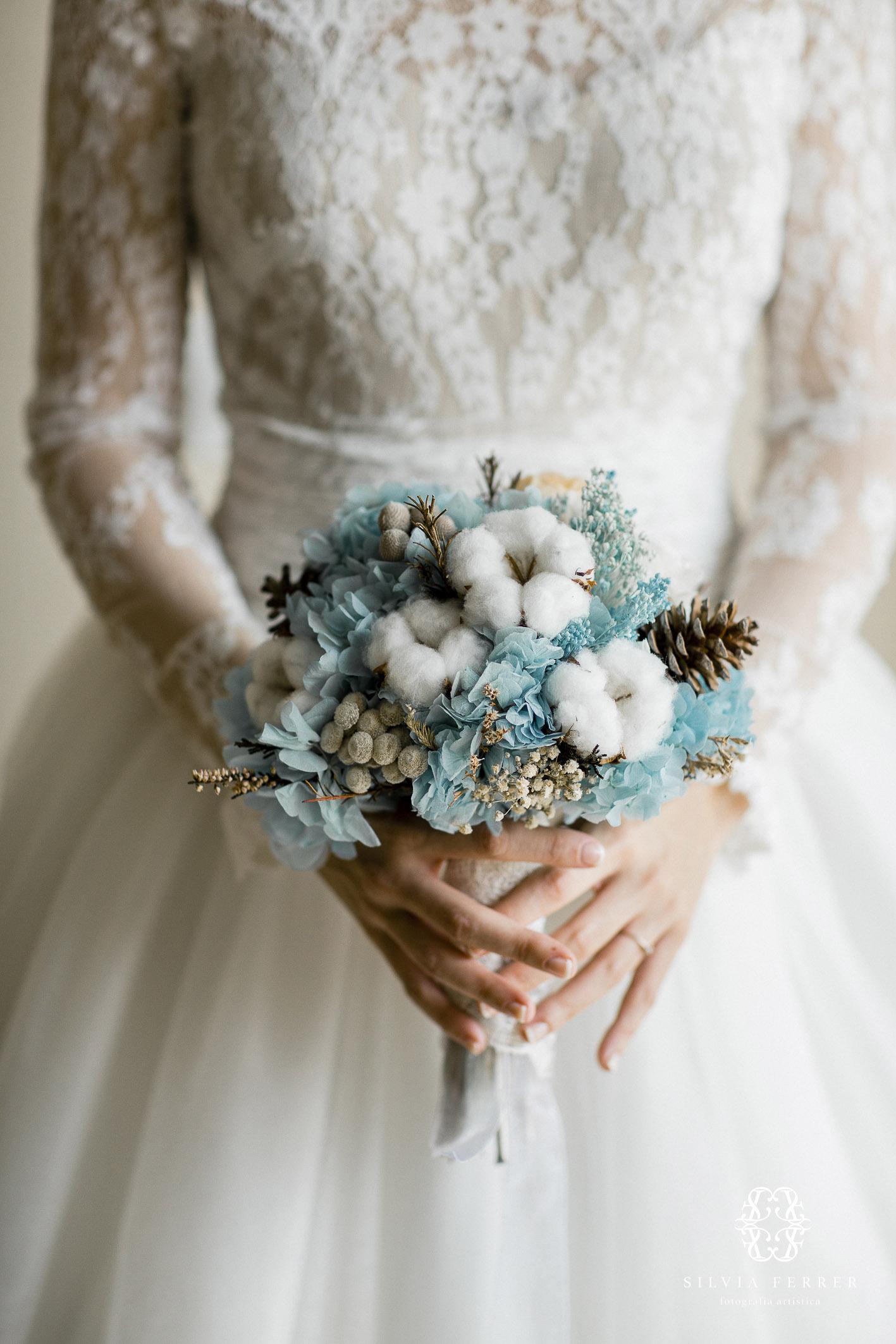 ramo de invierno para novias boda murcia azul