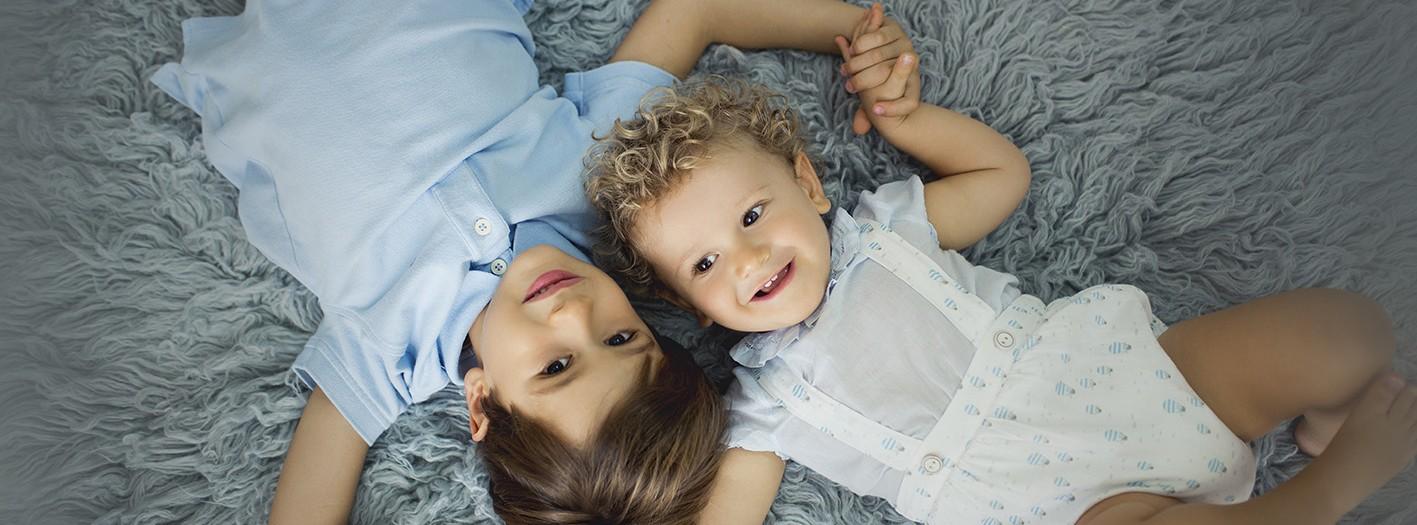 Fotos de niños + Fotografía infantil + Álvaro y Hugo + Fotógrafos Murcia + Silvia Ferrer.