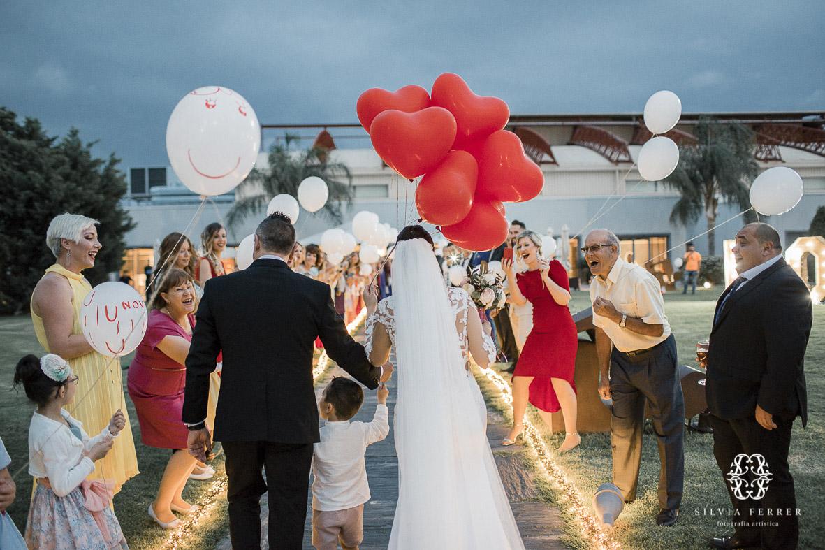 boda el cason de la vega coctel ramo globlos luces