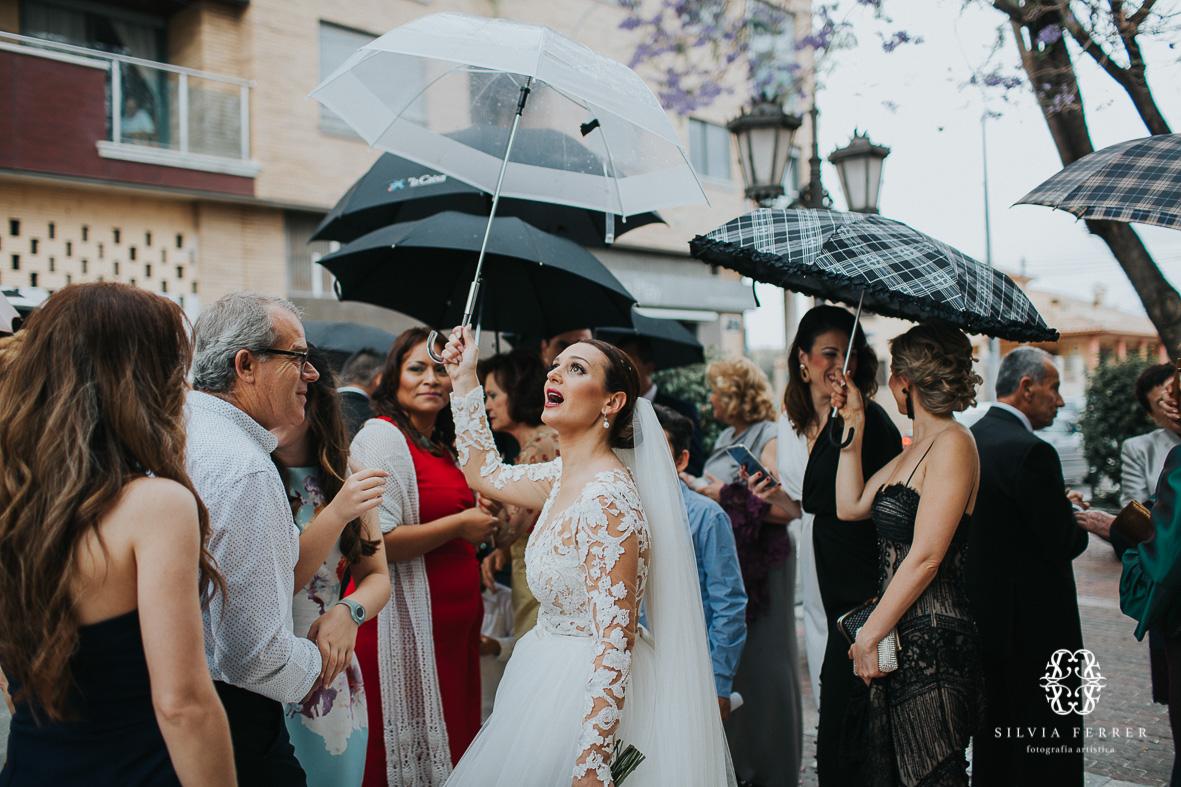 boda lluvia murcia paragüas novia parfois