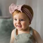 bebe cinta rosa pelo