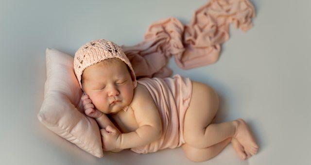 Blanca + Sesuón de recién nacida en Murcia + Silvia Ferrer.