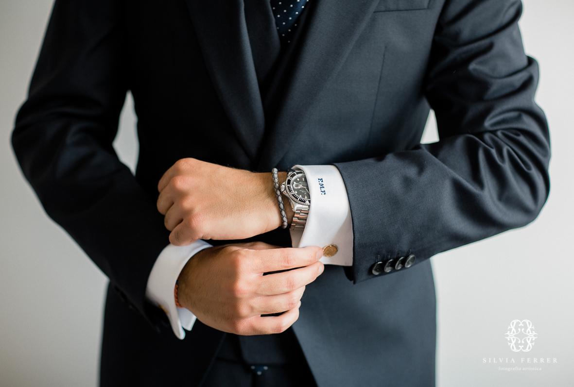 camisa bordada en los puños novio boda